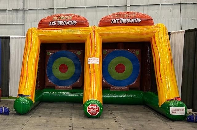 Double Axe Throwing Game Image